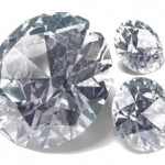 ダイヤモンドが本物か偽物かを見抜く裏技